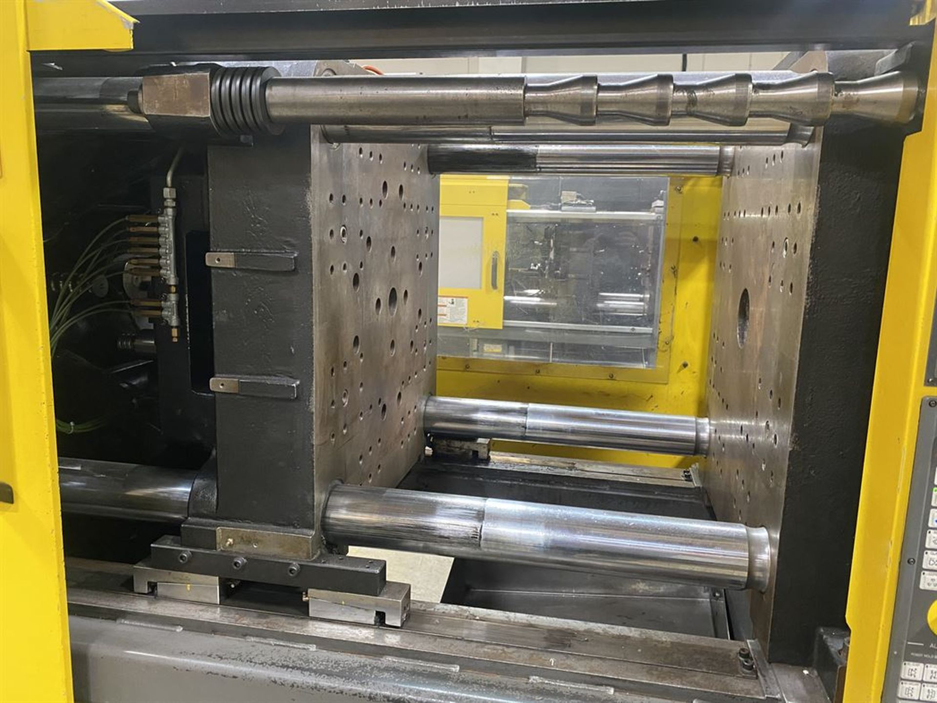 Lot 193 - CINCINNATI MILACRON FANUC RoboShot 165R-178 165 Ton Electric Injection Molders, s/n 4067A04/98-67,
