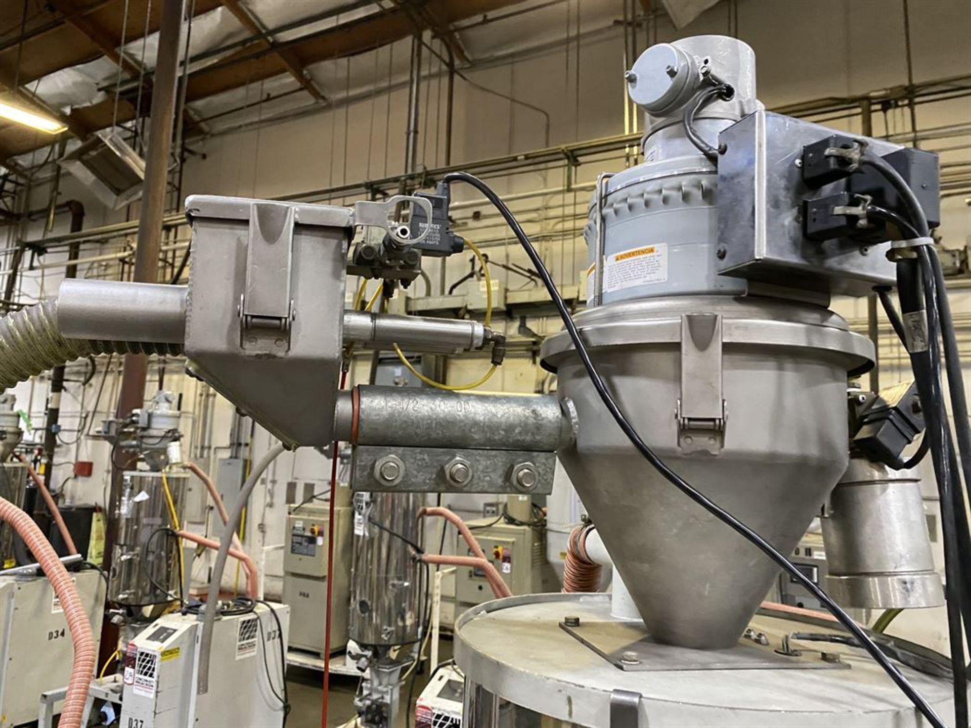 Lot 226 - Cincinnati Milacron M-GS-60 Hopper Dryer System, s/n 3933A01-04-27, w/ Vacuum Loader