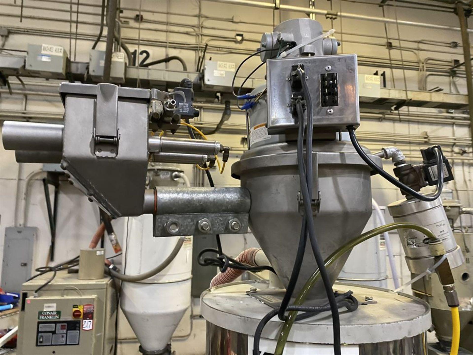 Lot 219 - Cincinnati Milacron M-GS-60 Hopper Dryer System, s/n 3933A01-05-42, w/ Vacuum Loader