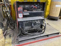 LINCOLN IDEALARC DC-600 Arc Welder, s/n na, w/LINCOLN Double Header DH-10 Wire Feed and Boom