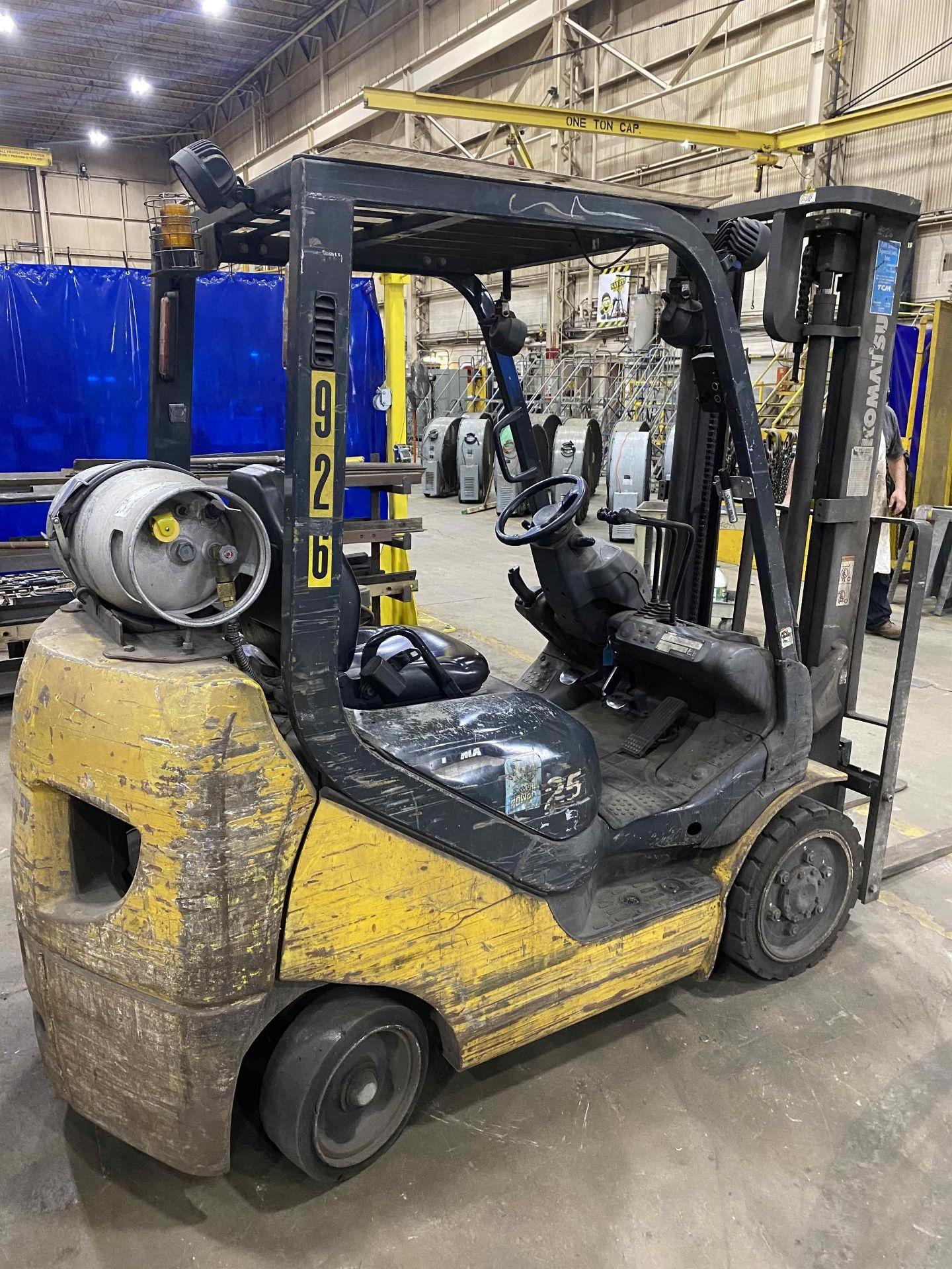 """KOMATSU FG25ST-16 5,000 Lb. LPG Forklift, s/n A234349, Two-Stage Mast, Side Shift, 48"""" Fork - Image 5 of 8"""