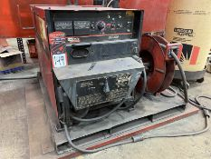 LINCOLN DC-600 Multi-Process Welder, s/n U108090047, w/LINCOLN Double Header DH-10 Wire Feed and
