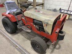 SIMPLICITY 3416 Lawn & Gardner Tractor