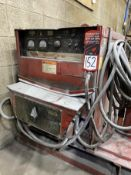 LINCOLN IDEALARC DC-600 Arc Welder, s/n U1971106143, w/ LINCOLN LN-9 Wire Feed and Boom