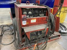 LINCOLN IDEALARC DC-600 Arc Welder, s/n AC459664, w/ LINCOLN LN-9 Wire Feed and Boom