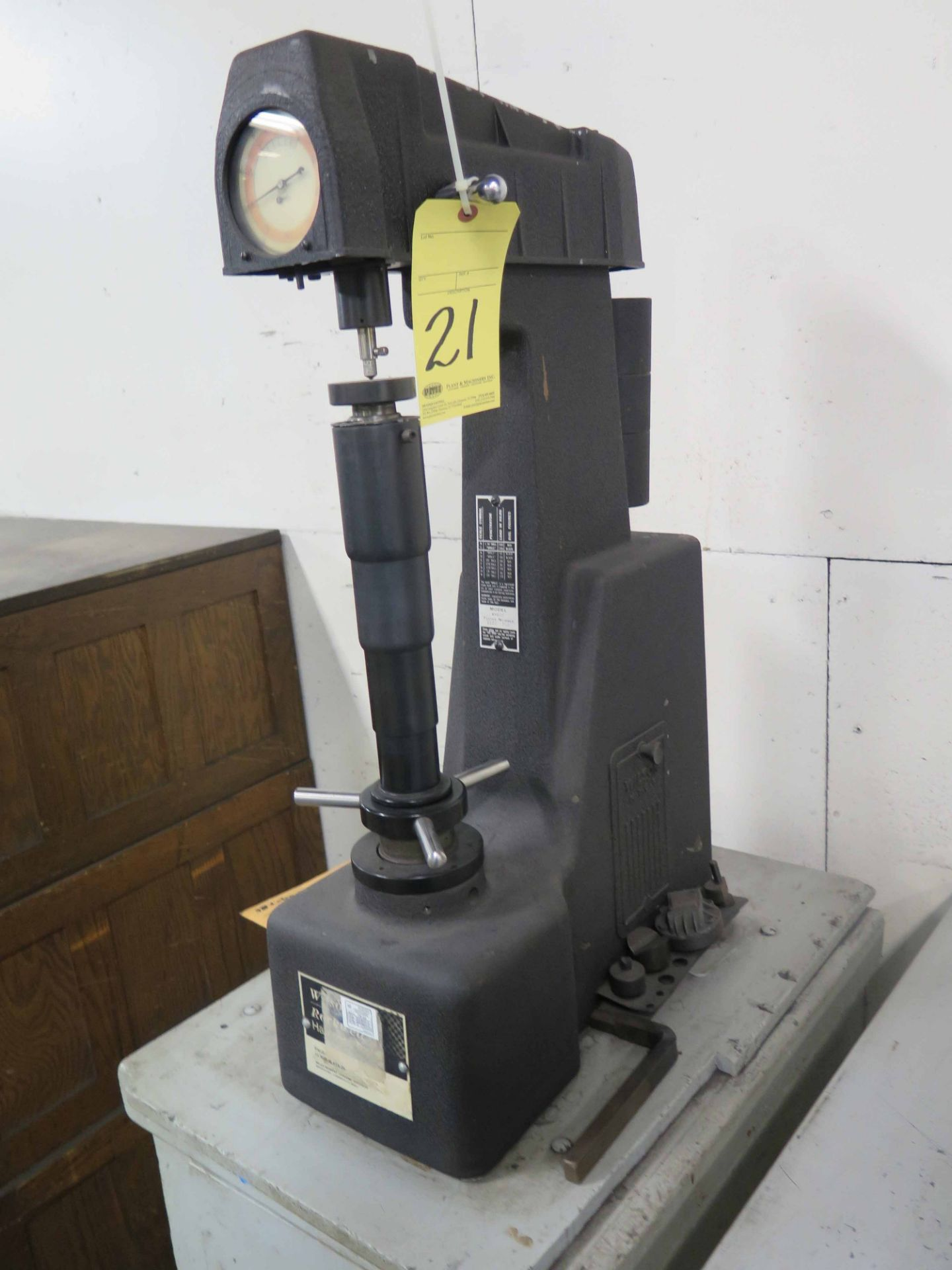 Lot 21 - HARDNESS TESTER, ROCKWELL MDL. 4-0UR, Tester No. 2288-708, mounted on wooden cabinet