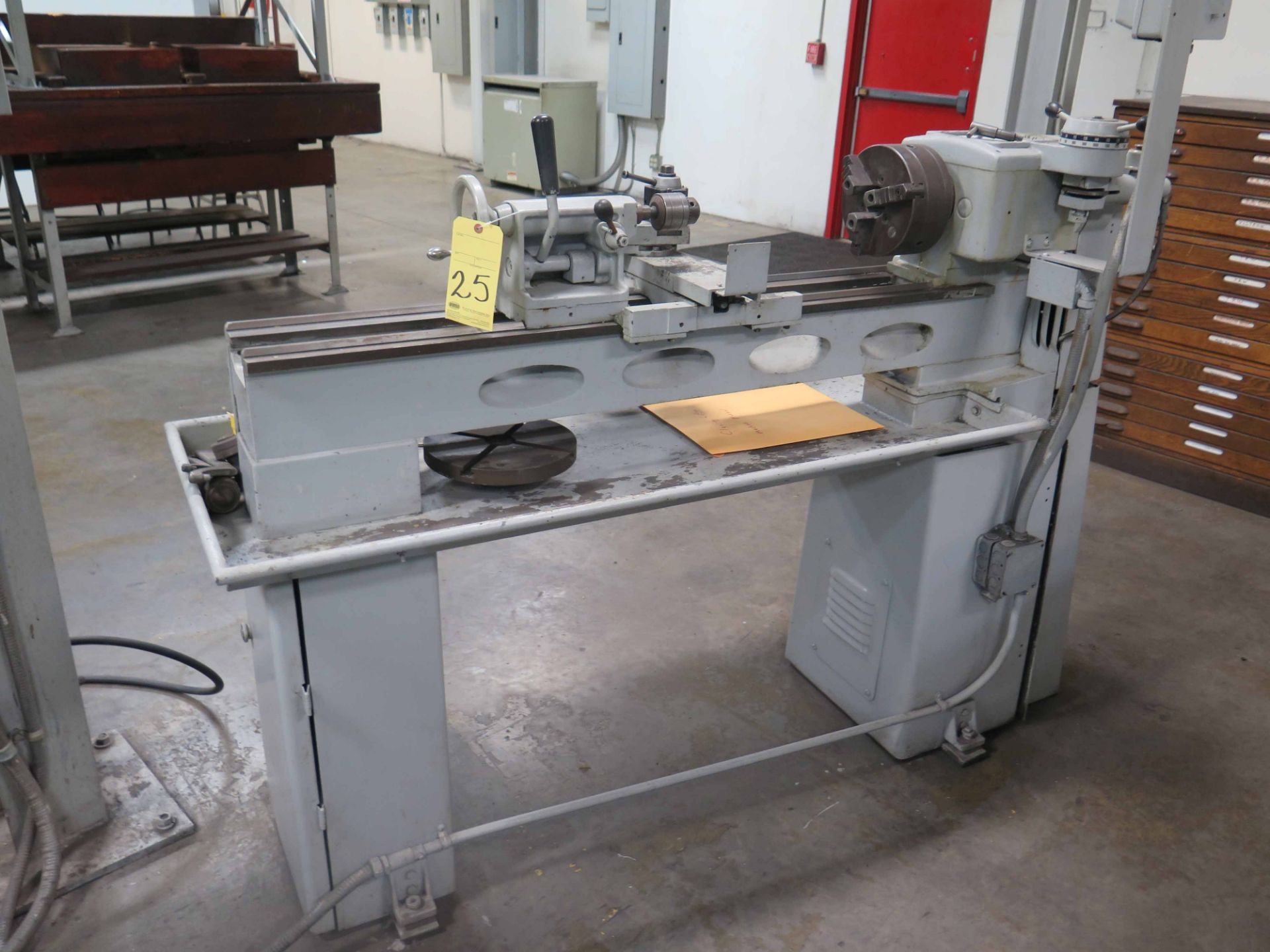 """Lot 25 - TOOLROOM LATHE, CLAUSING MDL. 5914, 12"""" swing, 40"""" dist. btwn. centers, 7-3/4"""" 3-jaw chuck,"""