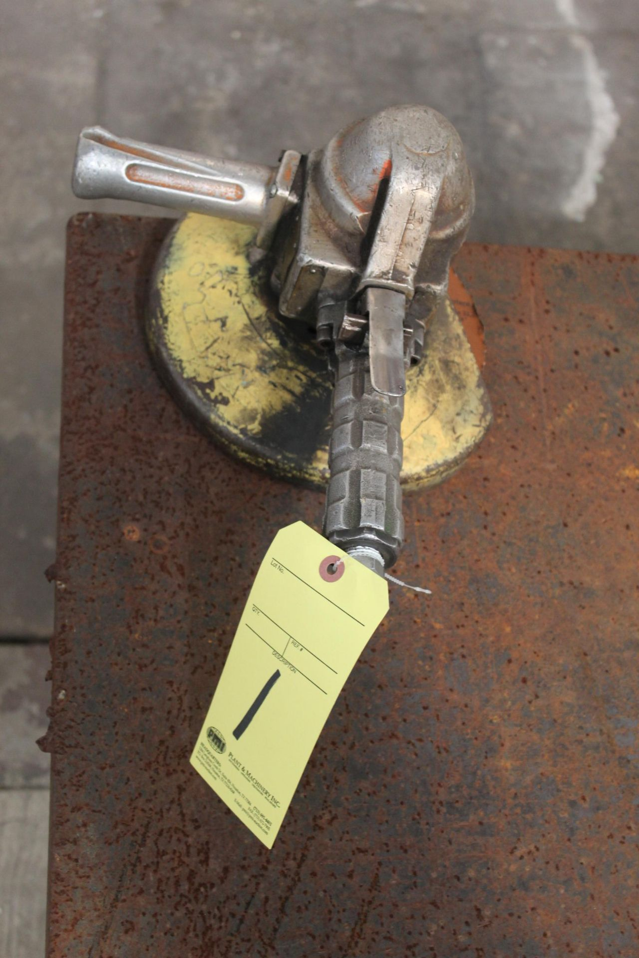 Lot 1 - PNEUMATIC RIGHT ANGLE GRINDER, TOP CAT