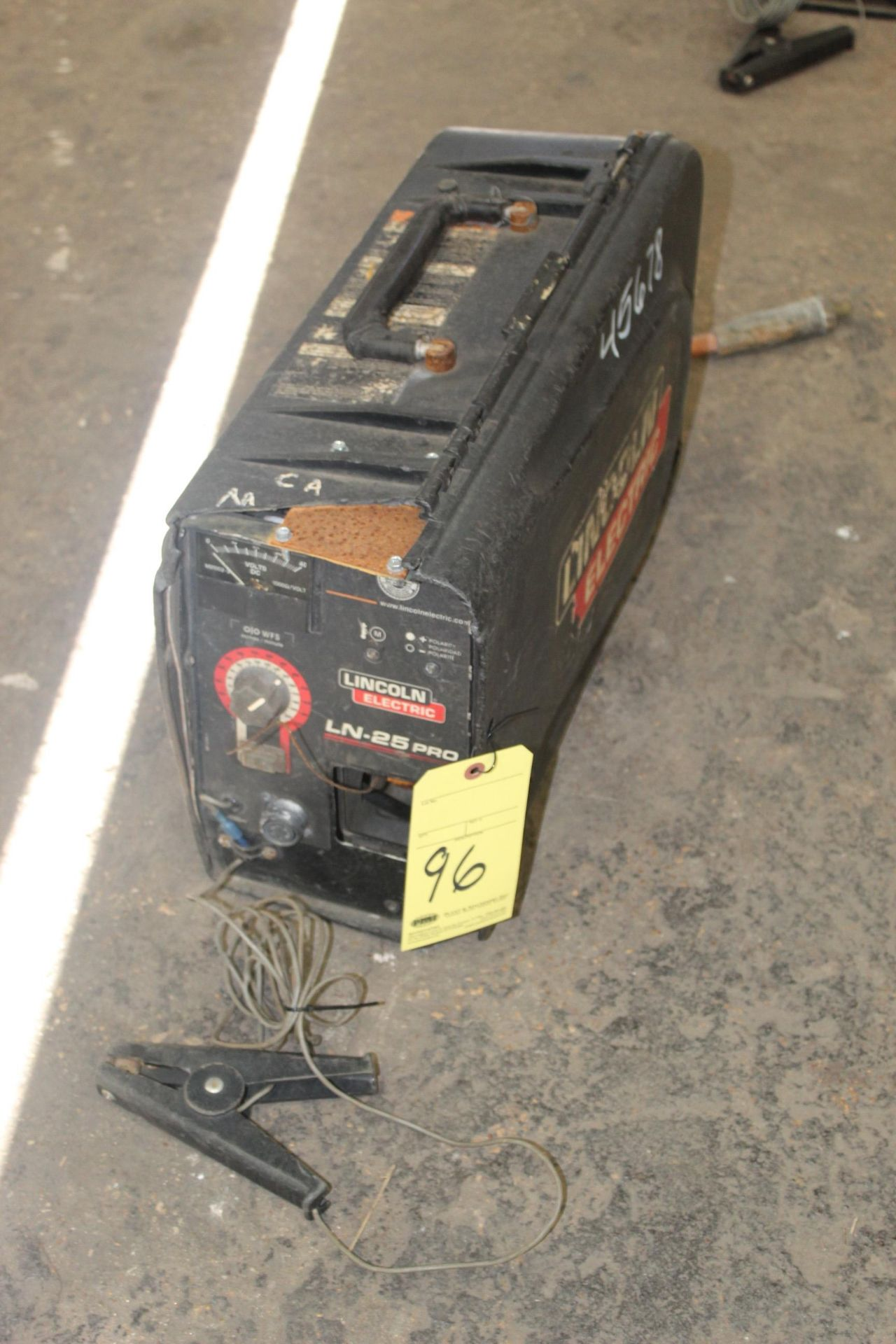 Lot 96 - PORTABLE SUITCASE WIRE FEEDER, LINCOLN ELECTRIC MDL. NLN-25 PRO, S/N U1110701504