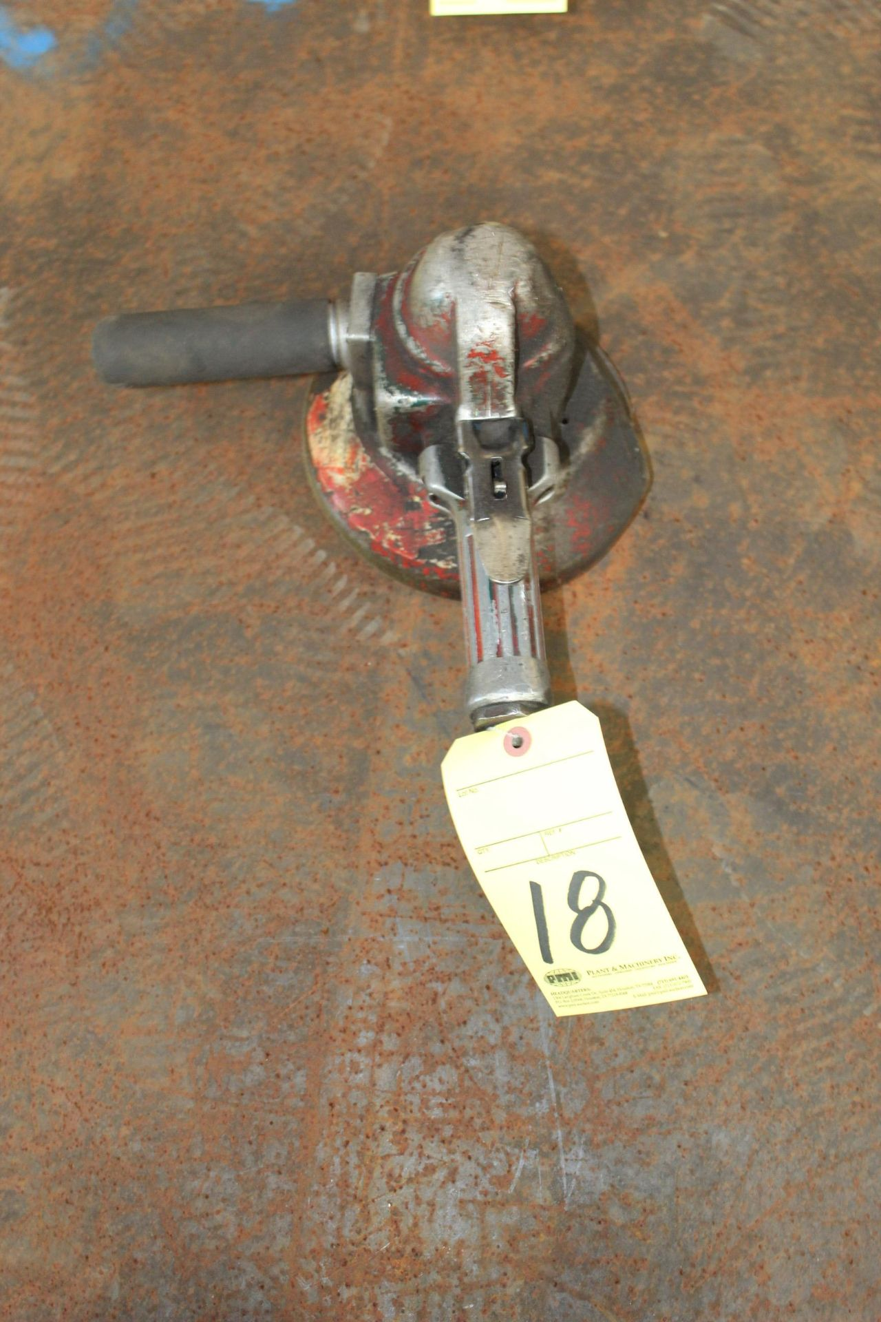 Lot 18 - PNEUMATIC RIGHT ANGLE GRINDER, TOP CAT