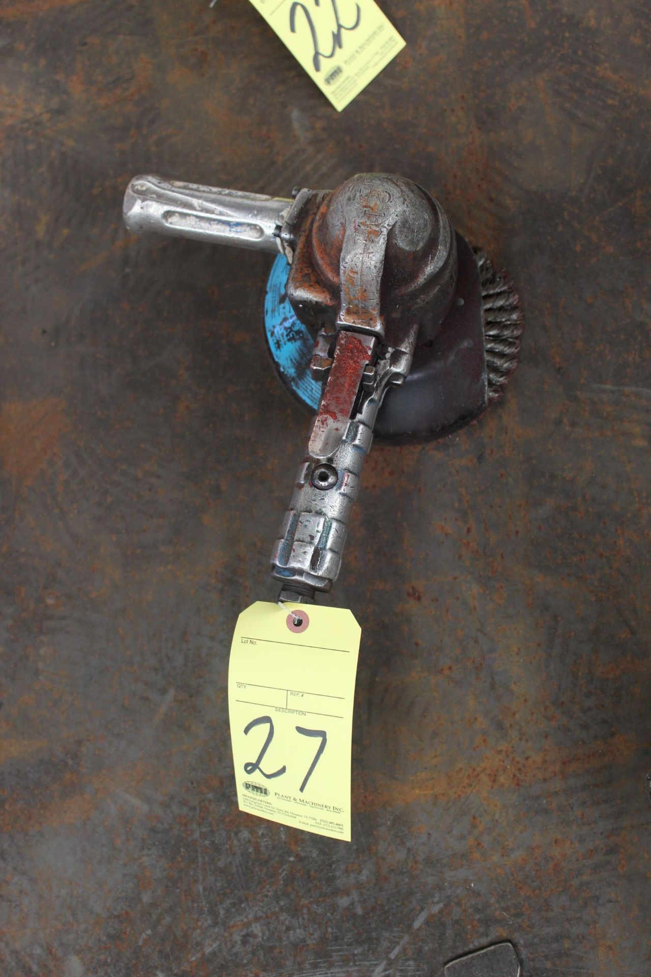 Lot 27 - PNEUMATIC RIGHT ANGLE GRINDER, TOP CAT