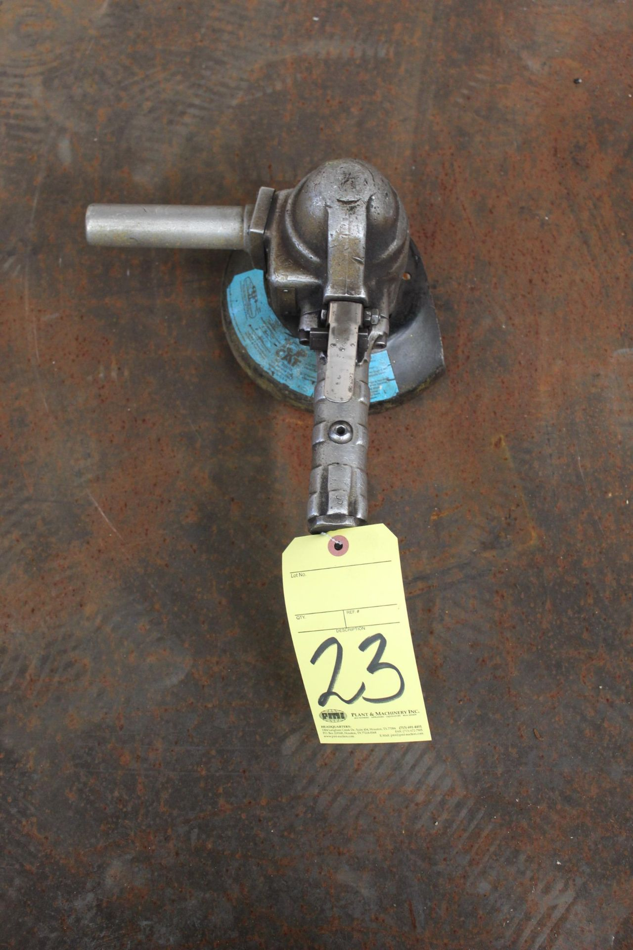 Lot 23 - PNEUMATIC RIGHT ANGLE GRINDER, TOP CAT