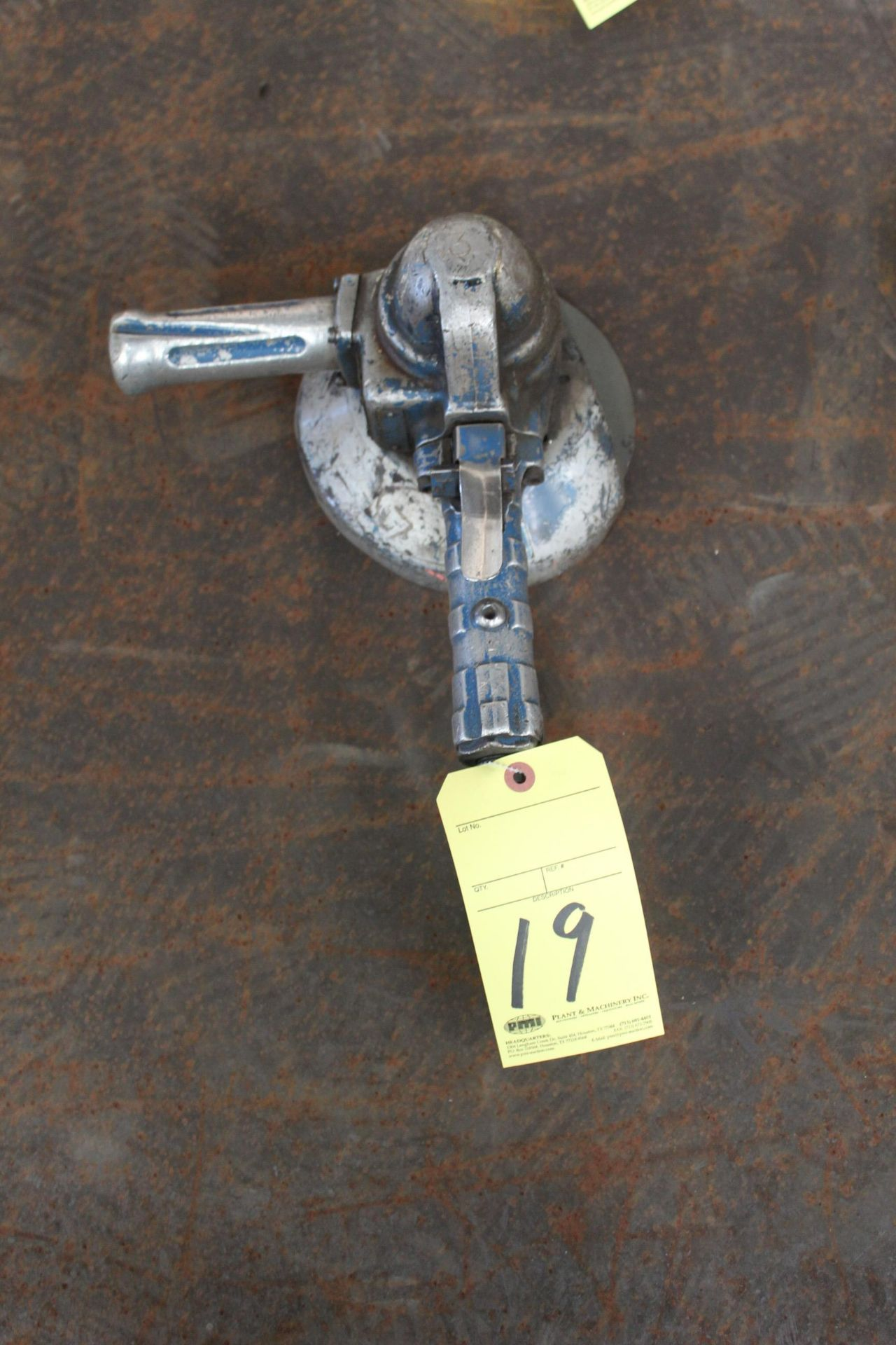 Lot 19 - PNEUMATIC RIGHT ANGLE GRINDER, TOP CAT