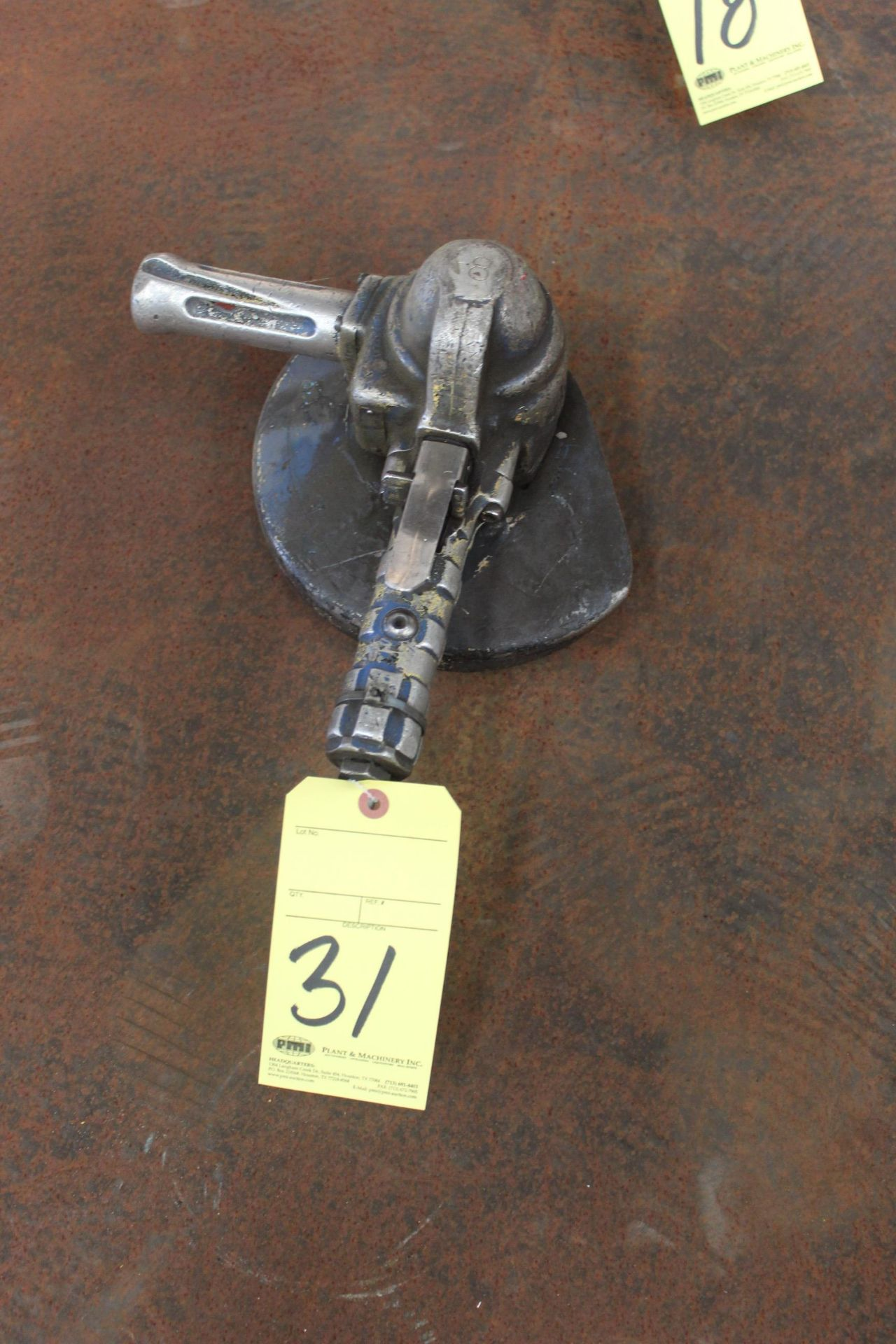 Lot 31 - PNEUMATIC RIGHT ANGLE GRINDER, TOP CAT
