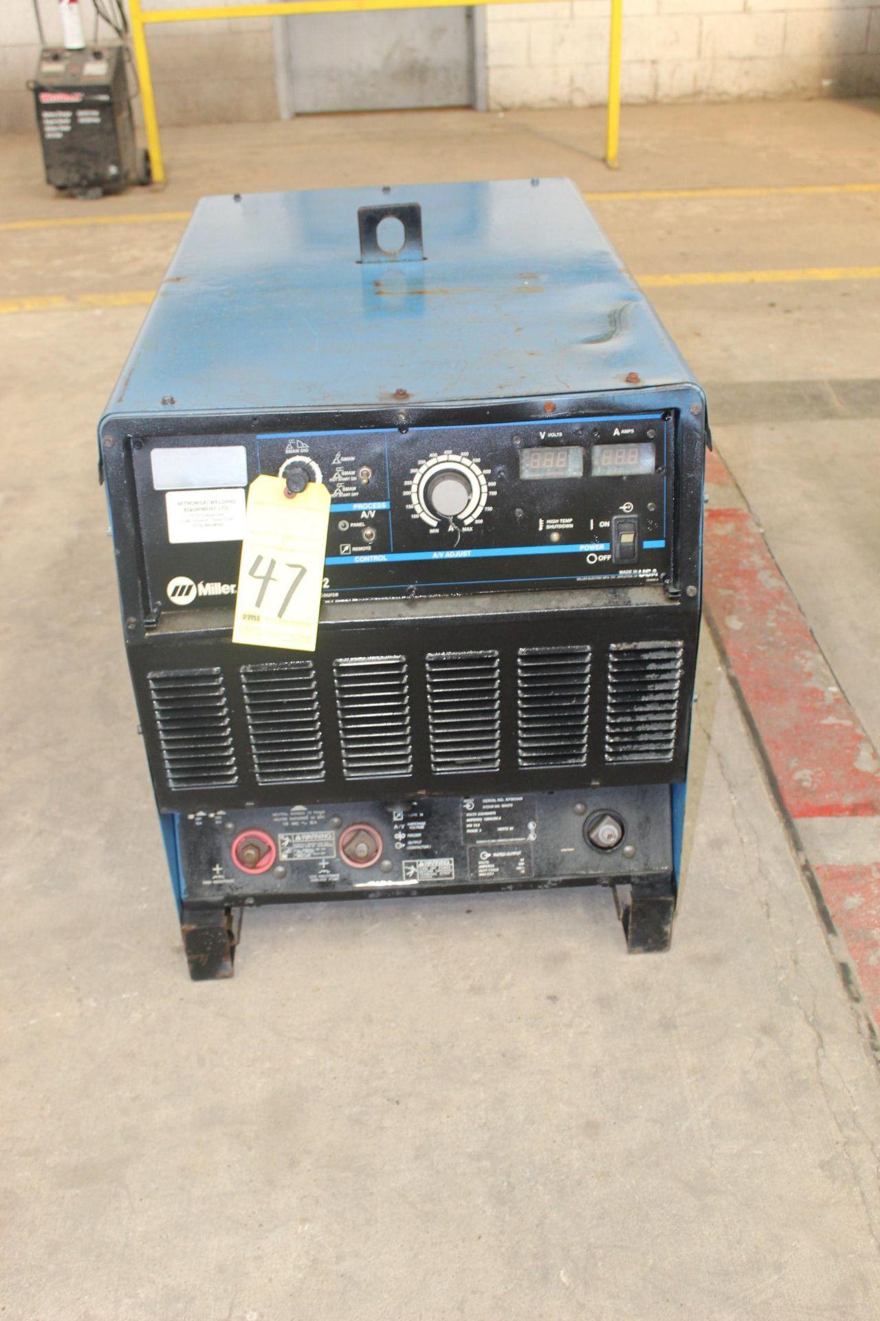 Lot 47 - WELDING MACHINE, MILLER MDL. DIMENSION 652, 650 amps @ 44 v., 100% duty cycle, S/N KF993446