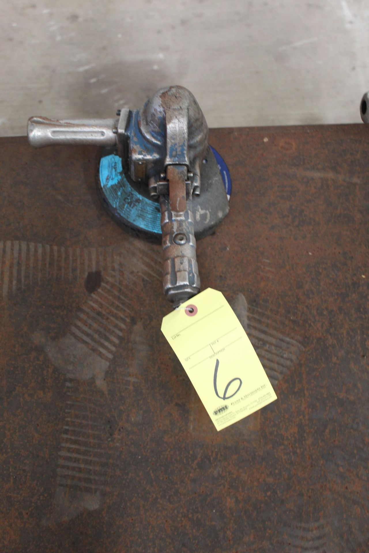 Lot 6 - PNEUMATIC RIGHT ANGLE GRINDER, TOP CAT