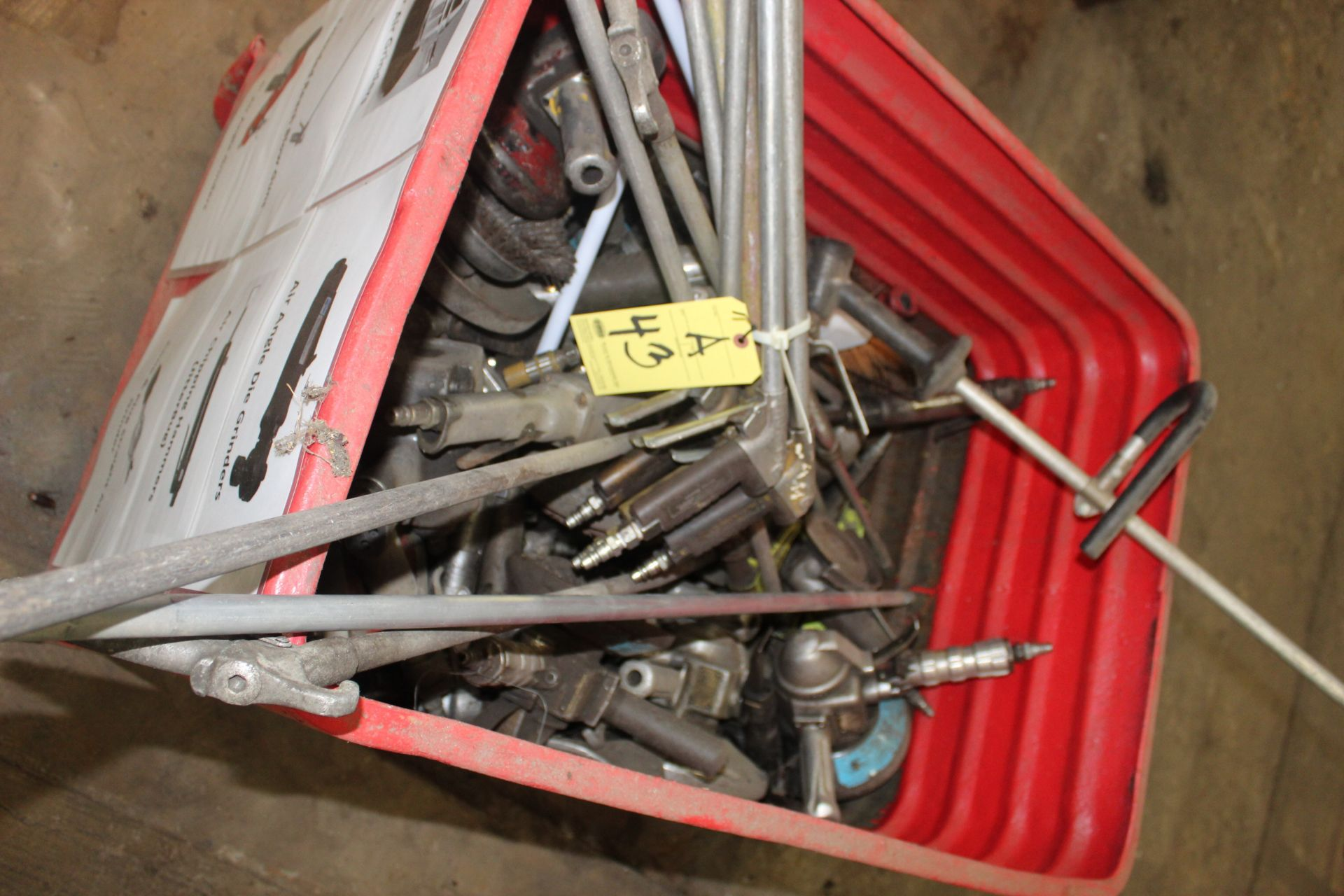 Lot 43A - LOT OF PNEUMATIC TOOLS (not in working condition - in metal bin)