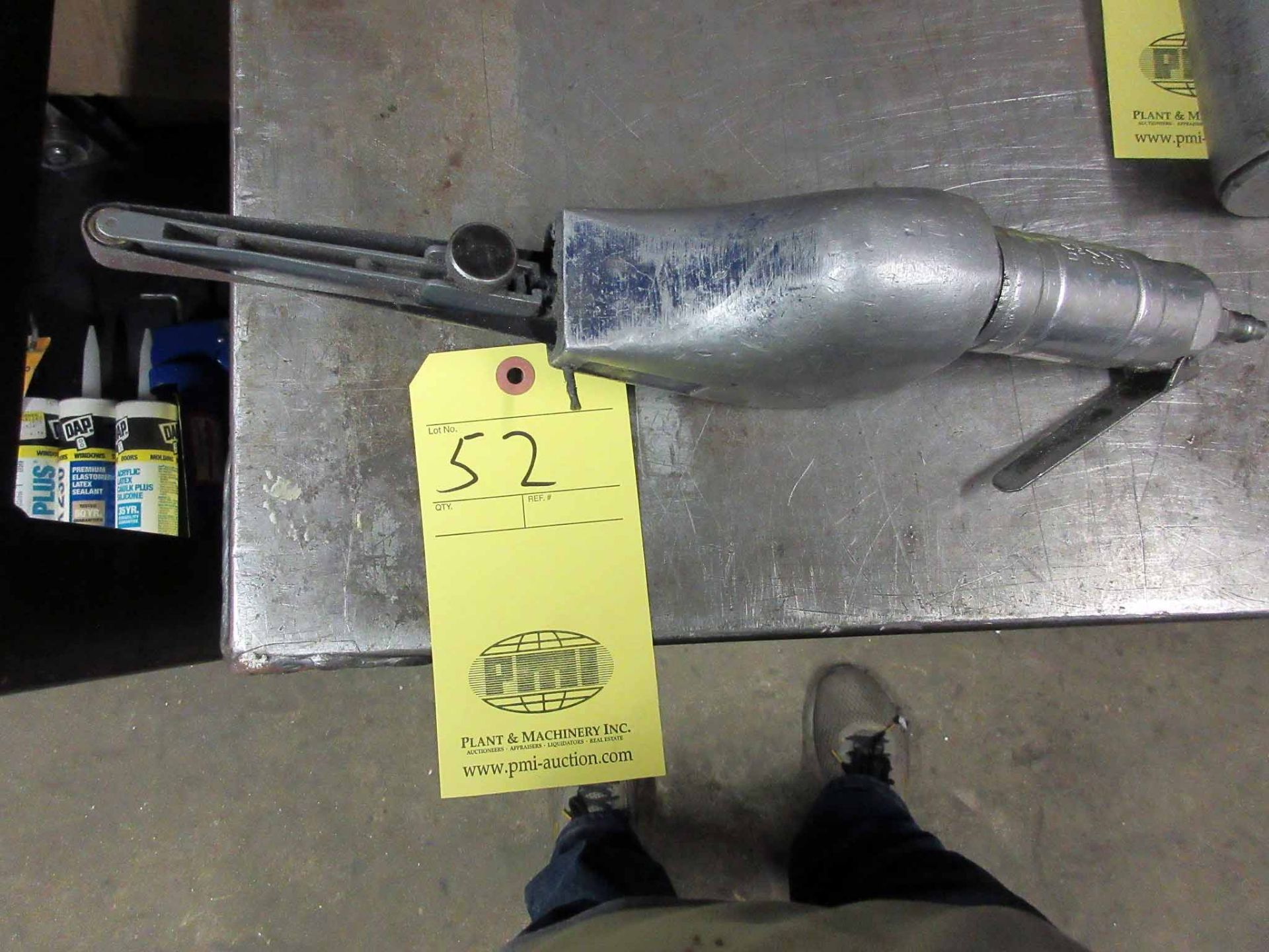 Lot 52 - HAND SANDER, air operated