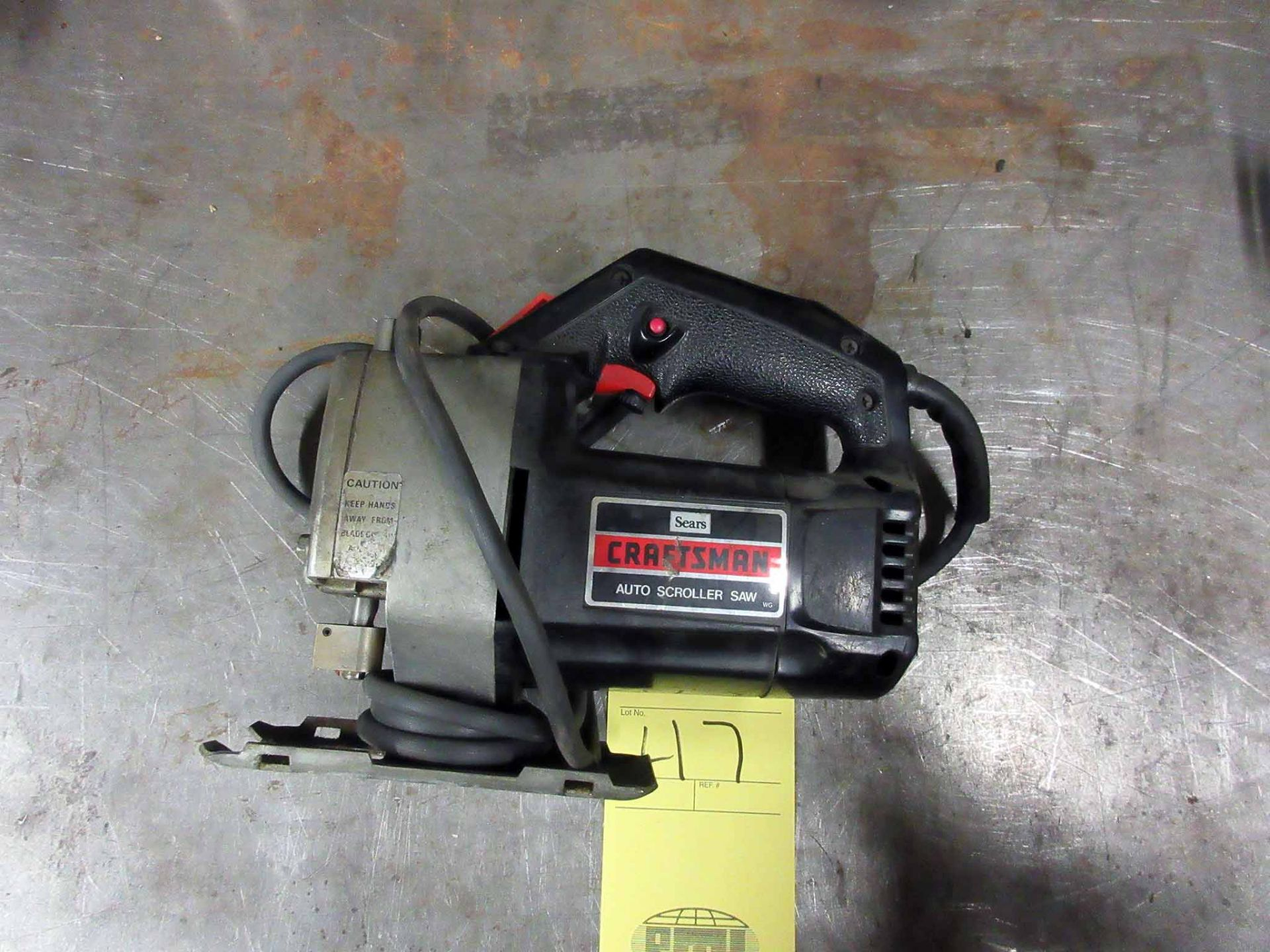 Lot 47 - HAND-HELD JIG SAW, CRAFTSMAN