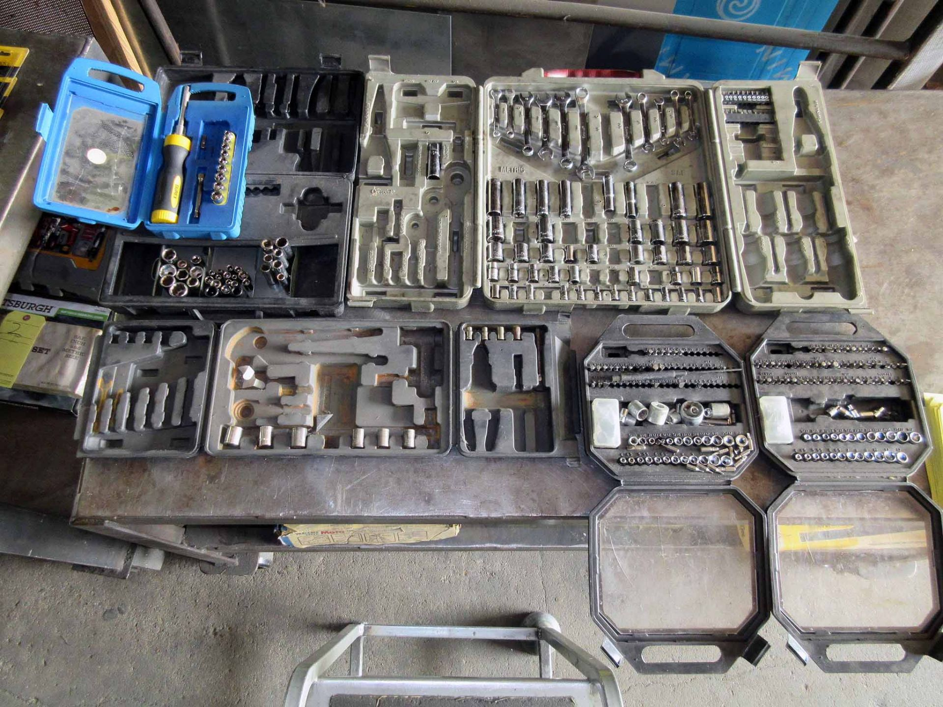 Lot 5 - LOT OF SOCKET SETS, assorted (Note: missing items)