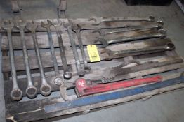 LOT OF WRENCHES, assorted (Ft. Worth, TX)