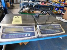 LOT OF COUNTING SCALES (2), U-LINE MDL. H-1650
