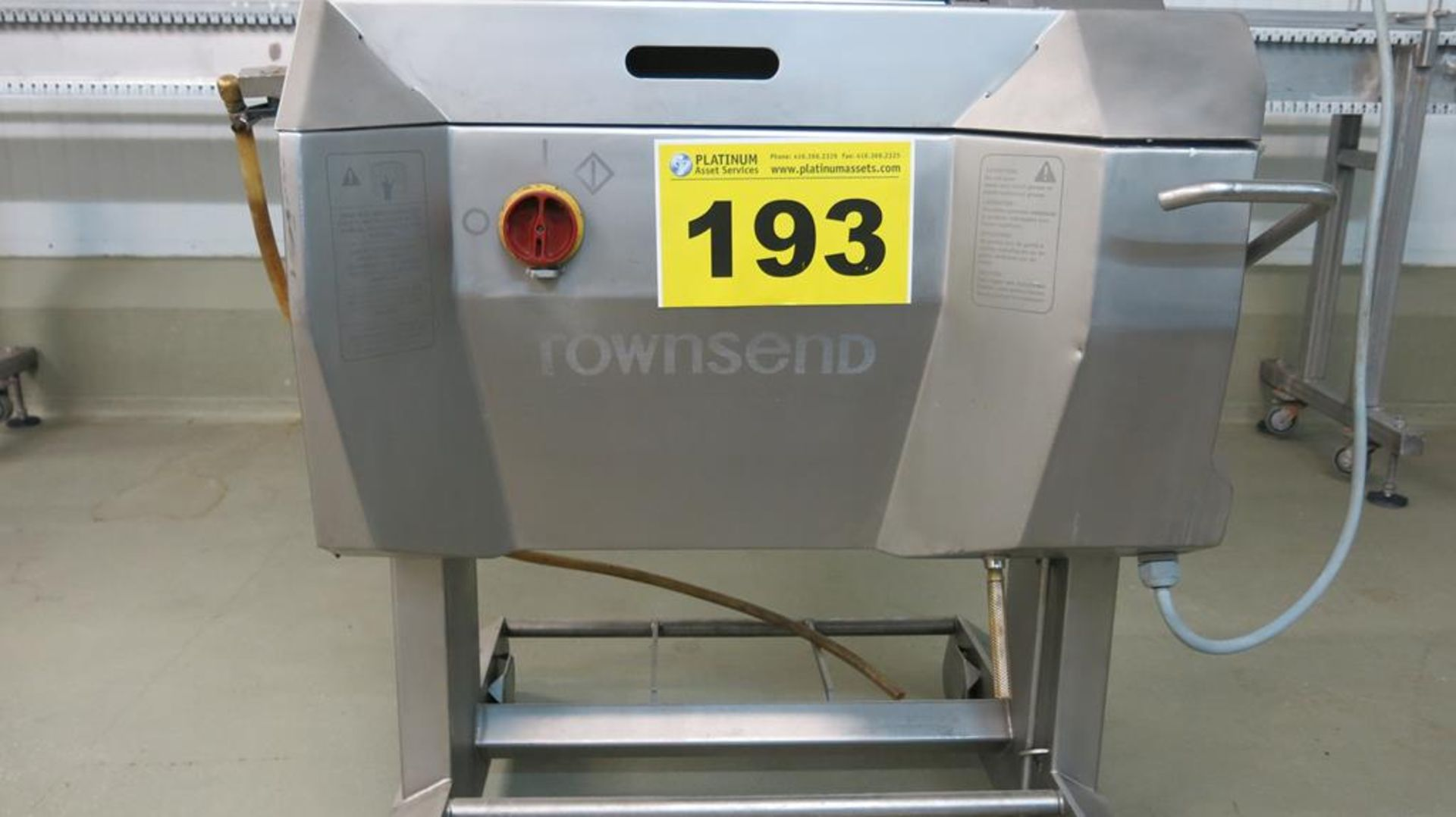 Lot 193 - TOWNSEND, 9000A, STAINLESS STEEL, MEMBRANE SKINNER, (RIGGING $100)