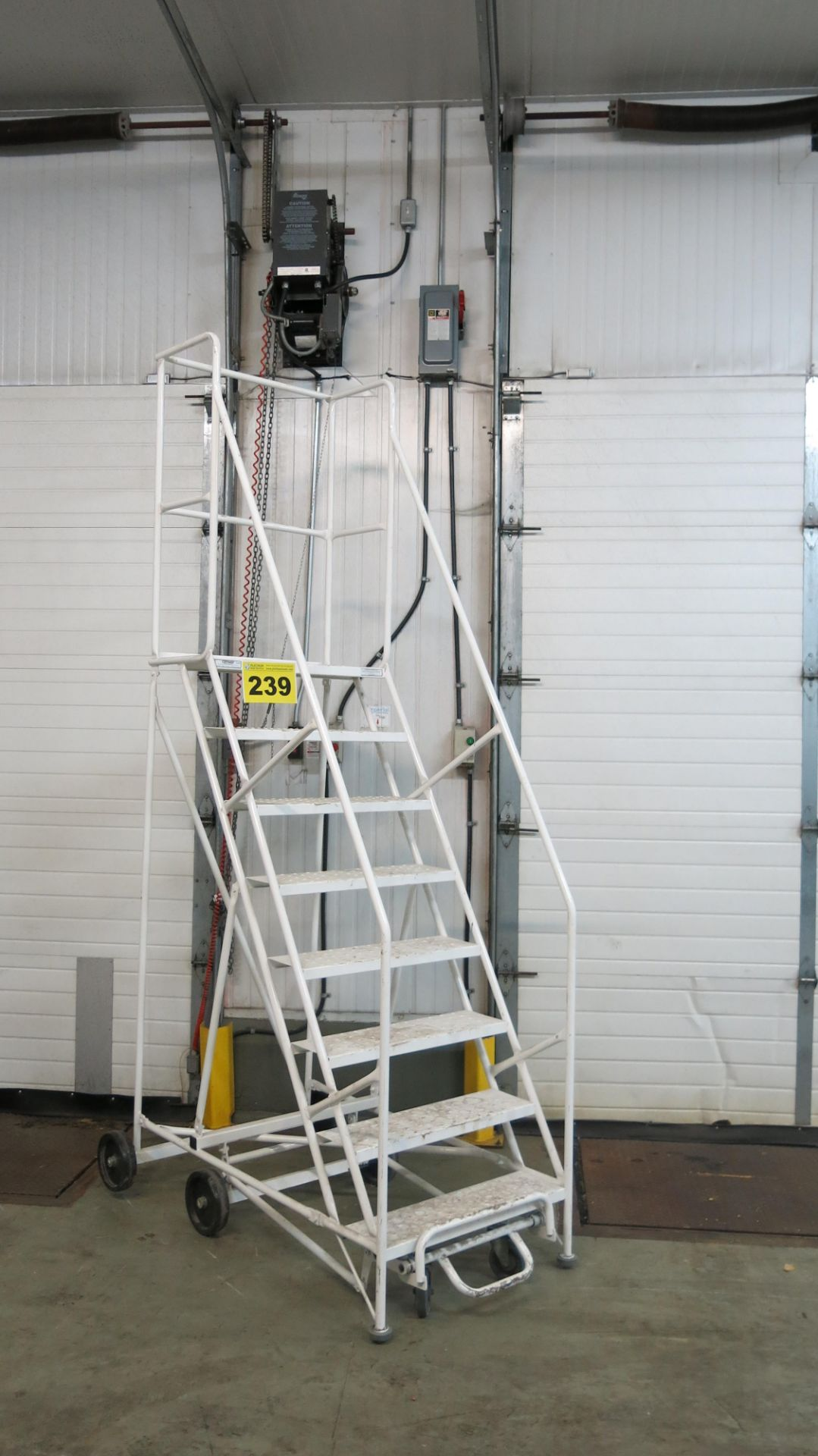 Lot 239 - CANWAY, CUSTOM, 400 LBS., ROLLING LADDER, 2015