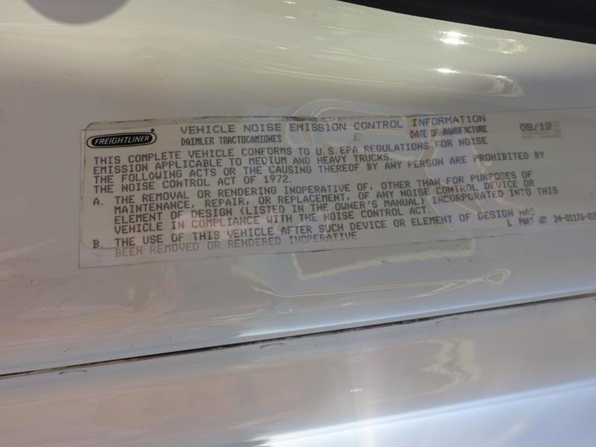 "Lot 218 - 2013, FREIGHTLINER, CASCADIA 125, HIGH RISE, SLEEPER TRUCK TRACTOR, 72"", SLEEPER CAB"