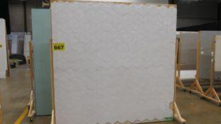WHITE, STUDIO BACKDROP ON CASTERS