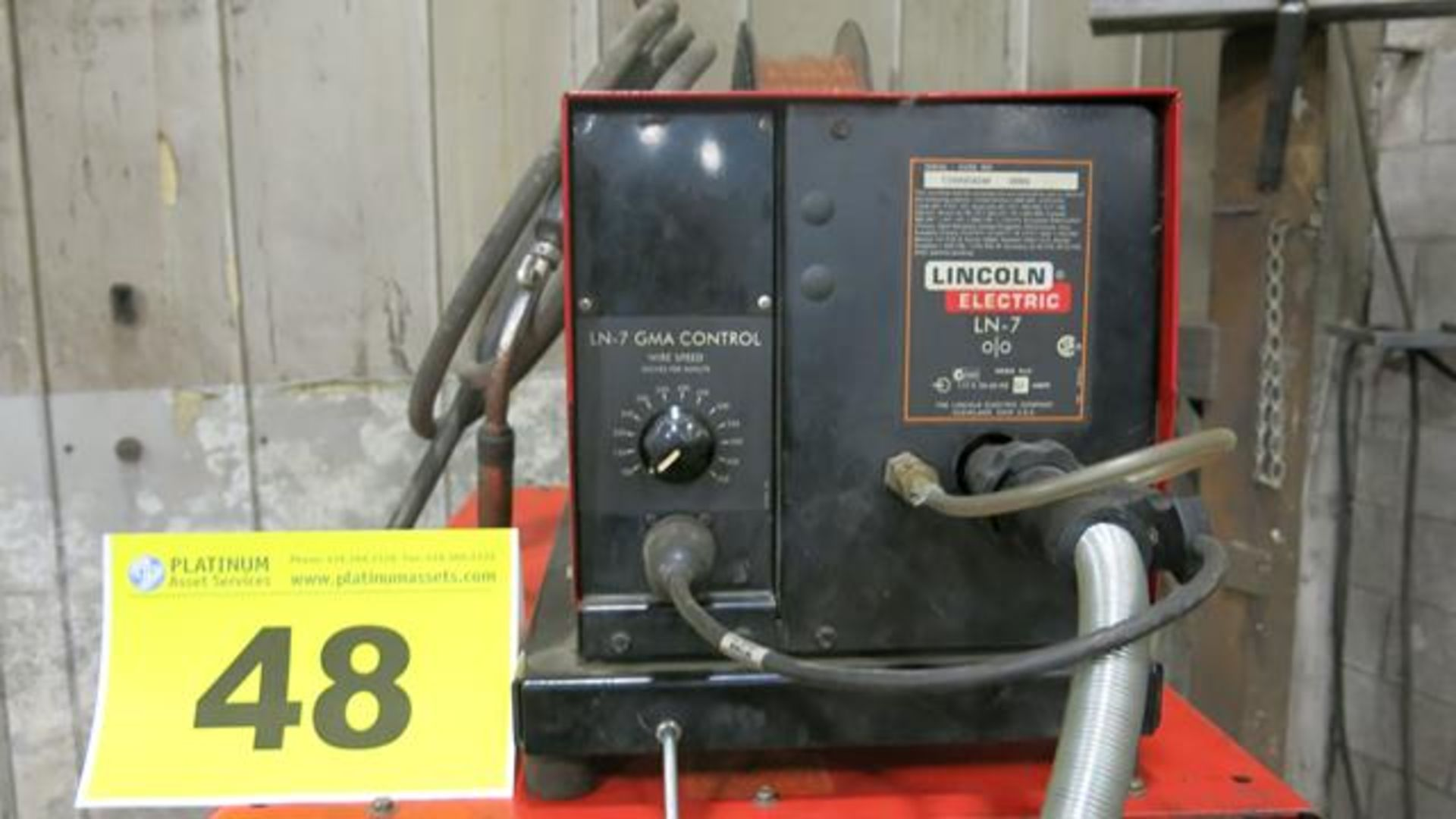 Lot 48 - CANOX, C-DW-450, 450 AMP, DC ARC WELDER, S/N JG032918 WITH LINCOLN, LN7, WIRE FEEDER, S/N