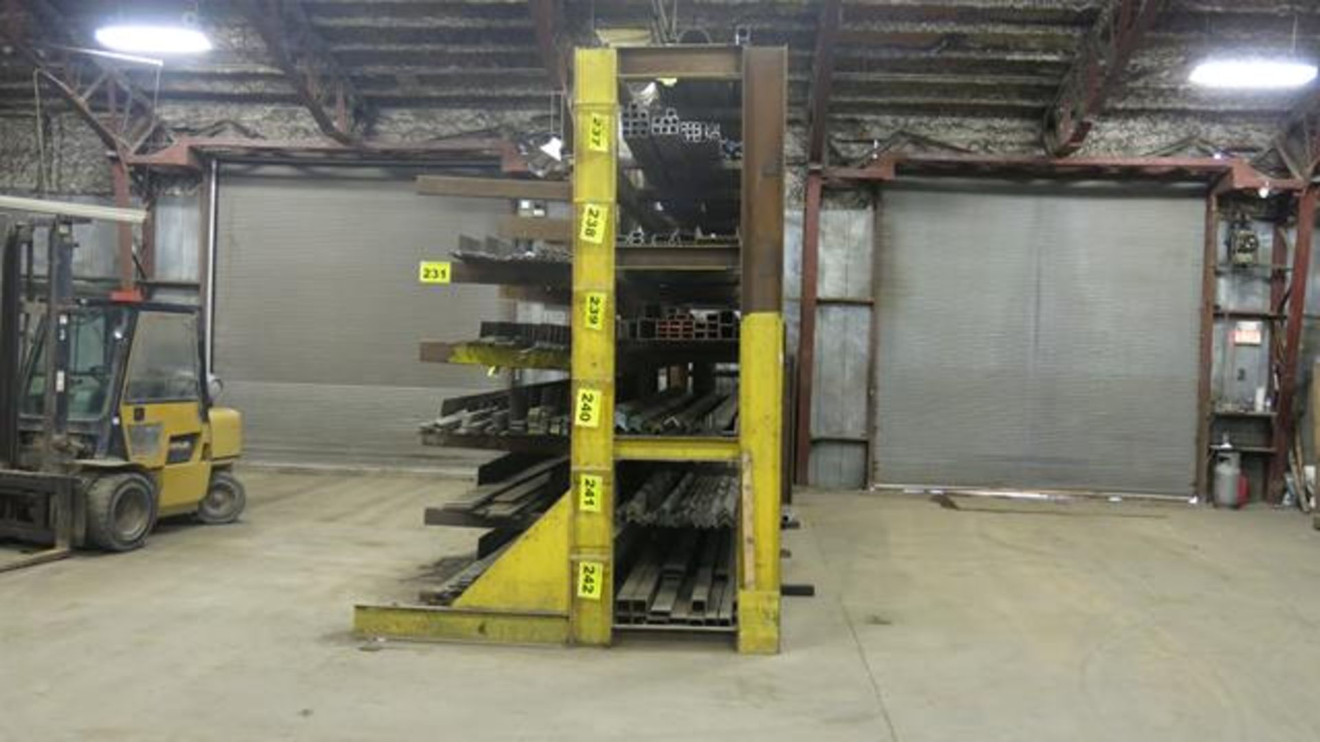 STORAGE RACK, SINGLE SIDED, 12' X 29' X 8' (CONTENTS NOT INCLUDED) (LATE DELIVERY) - Image 2 of 2