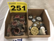 LOT OF ASSORTED GRINDING AND DEBURRING WHEELS