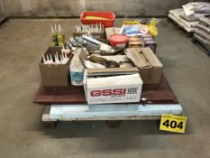 LOT OF ASSORTED CONSTRUCTION MATERIAL INCLUDING GROUT, SEALANTS, CAULKING, ETC.