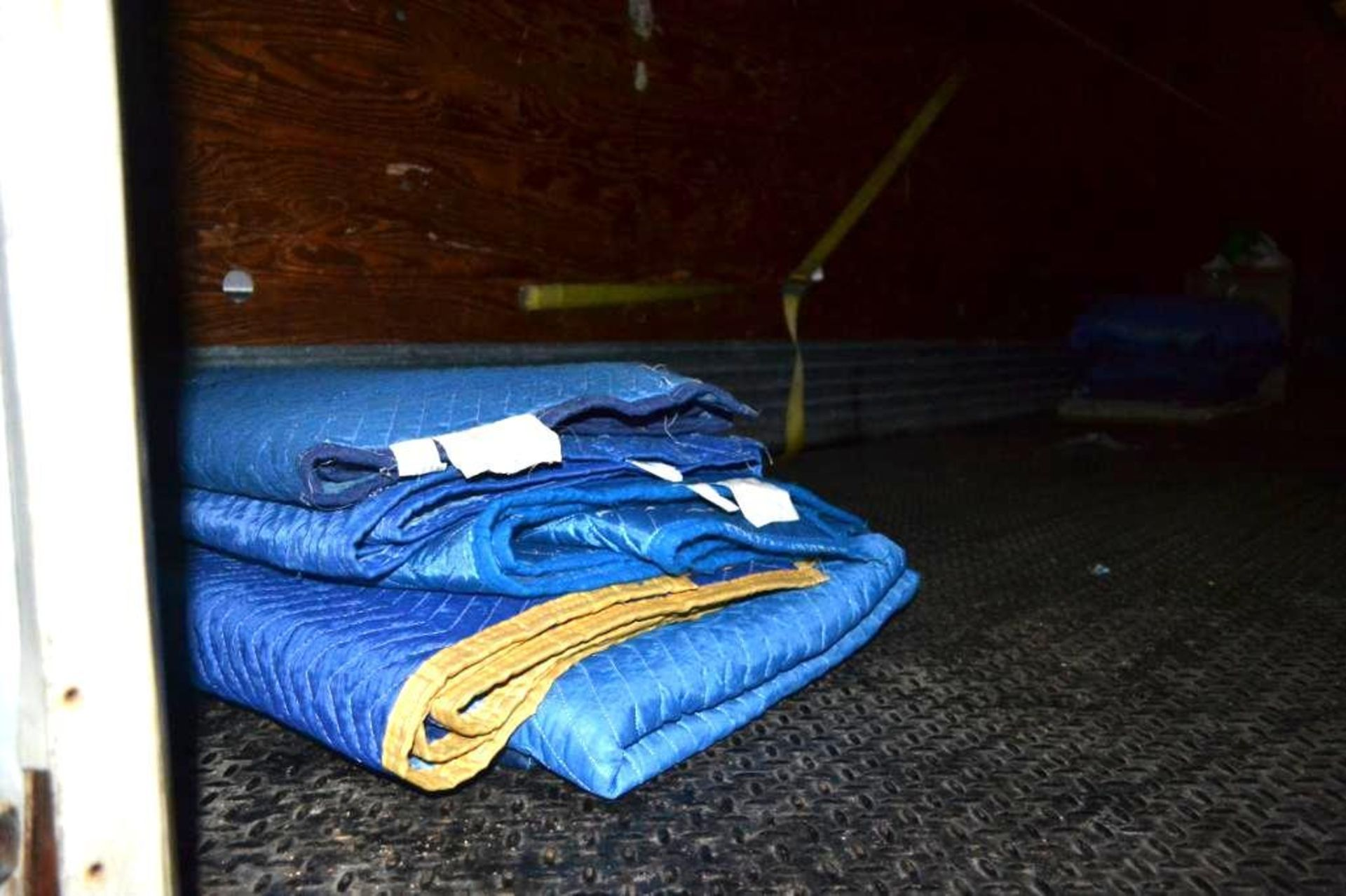 LOT: Contents Including Blankets, Ramp, Pallet Jack, Crates (in Lot 9 GD) - Image 4 of 4