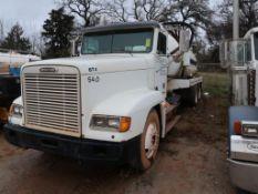 2000 Freightliner Model FLD120, Bobtail Truck, w/ Container, 14.0L LG Diesel, Pump, 13-Speed Trans,