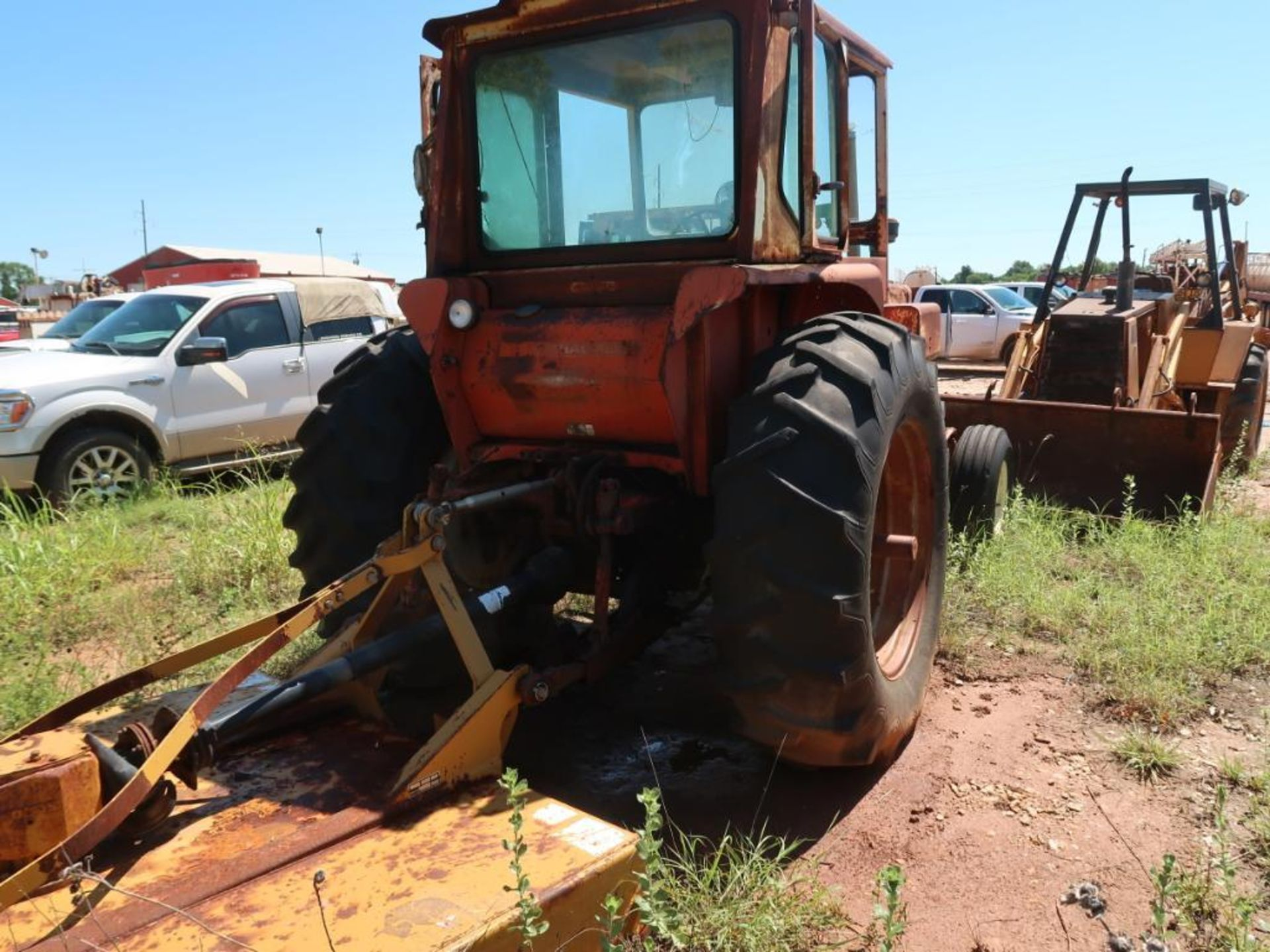 Lot 238 - Allis Chalmers Tractor Model 190XT, with 72 in. Mower Attachment