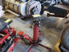 1/2 Ton Hydraulic Transmission Jack
