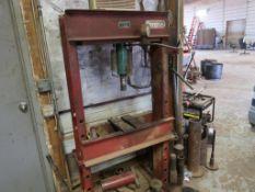 50 Ton (est.) Hydraulic Press