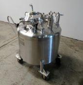 Lee Industries, 250 Liter SS Portable Pressure Mix Tank. Model 250 LDBT. Internal Rated 35 psi at 27