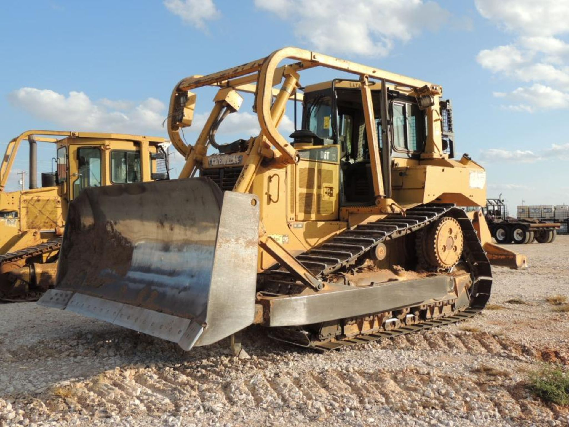 2007 Caterpillar D6T XL Crawler Tractor w/ Ripper, 90 % Remaining on Undercarrige, EROPS, Semi-U