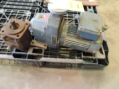 SEW Eurodrive Motor and Gearbox, 230/460 Volt (LOCATED IN HENNESSEY, OK. - IN CHEM BLDG.)