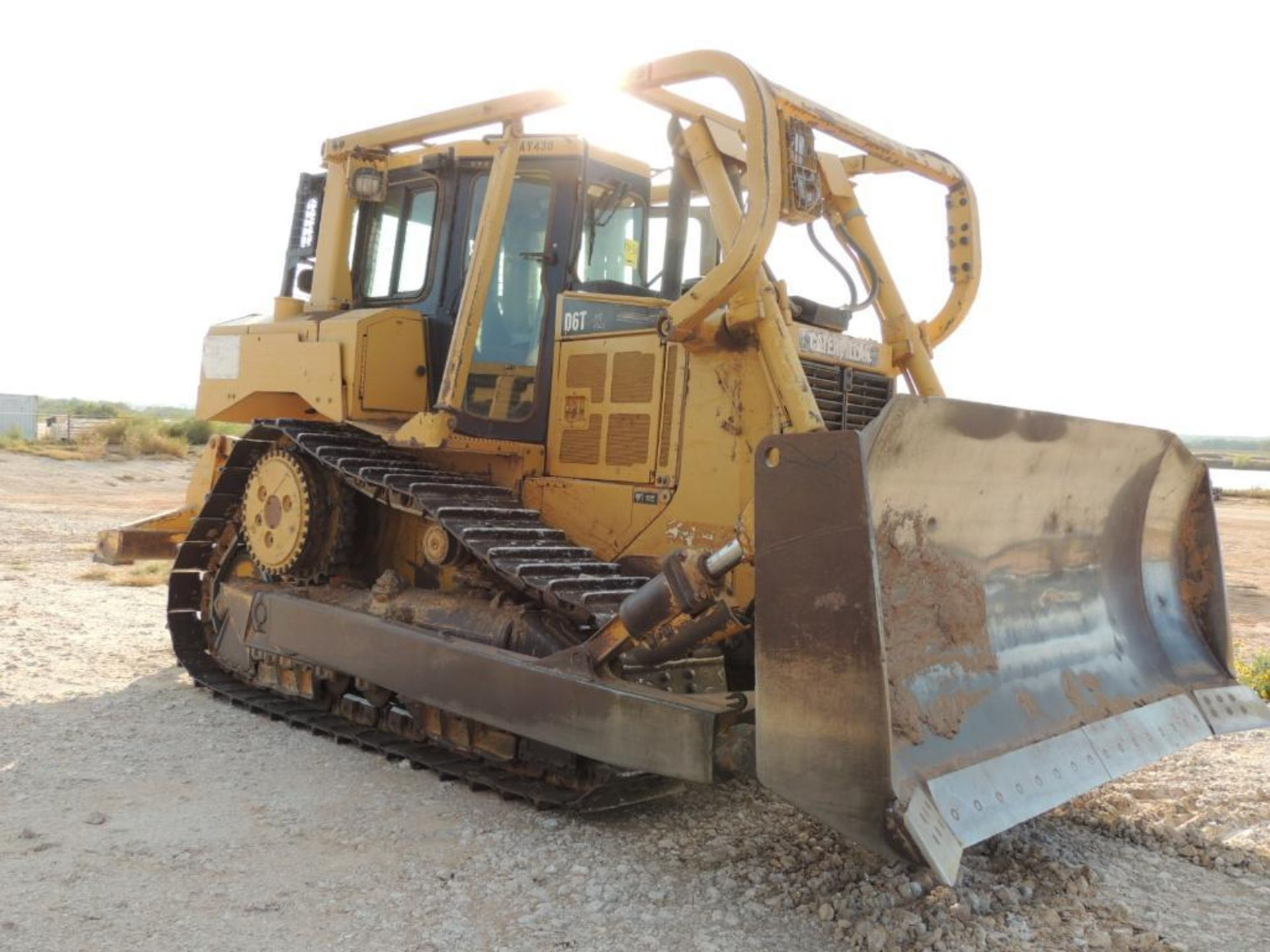 2007 Caterpillar D6T XL Crawler Tractor w/ Ripper, 90 % Remaining on Undercarrige, EROPS, Semi-U - Image 2 of 10