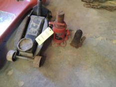 LOT: Torrington 3 Ton Floor Jack, AFF 20 Ton Bottle Jack (LOCATED IN HENNESSEY, OK. - IN CHEM