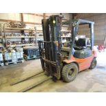 2002 Toyota Forklift Gas/ LP, Model 7FGU25, 4300 Lb. Cap, 3 Stage Mast, 189 In. lift Height, 5636
