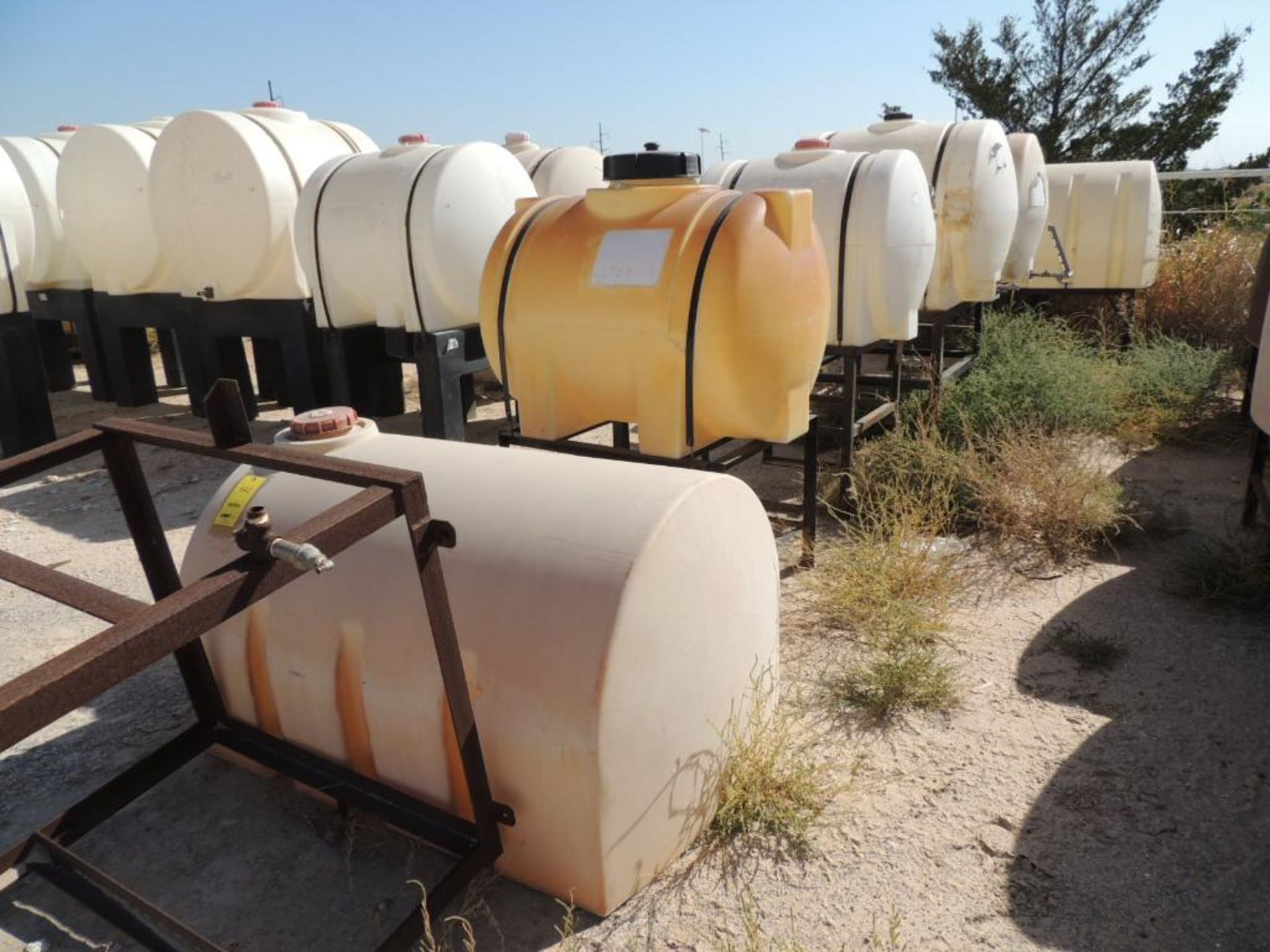 LOT: (6) Poly Tanks - (1) 500 Gallon, (3) 230 Gallon, (2) 140 Gallon (LOCATED IN HENNESSEY, OK. - IN - Image 2 of 2