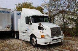 1998 Volvo Tandem-Axle Sleeper Truck Tractor, VIN 4VG70ARHOWN748154, Diesel, Manual Transmission, 60