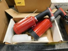 LOT: (2) Craftsman Pneumatic Medium Duty Air Riveters