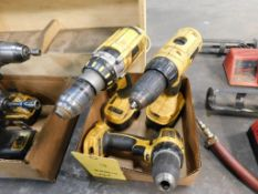 LOT: (1) Dewalt XRP 1/2 in. Cordless Drill/Driver with Battery, (1) Dewalt 1/2 in. Cordless Drill/
