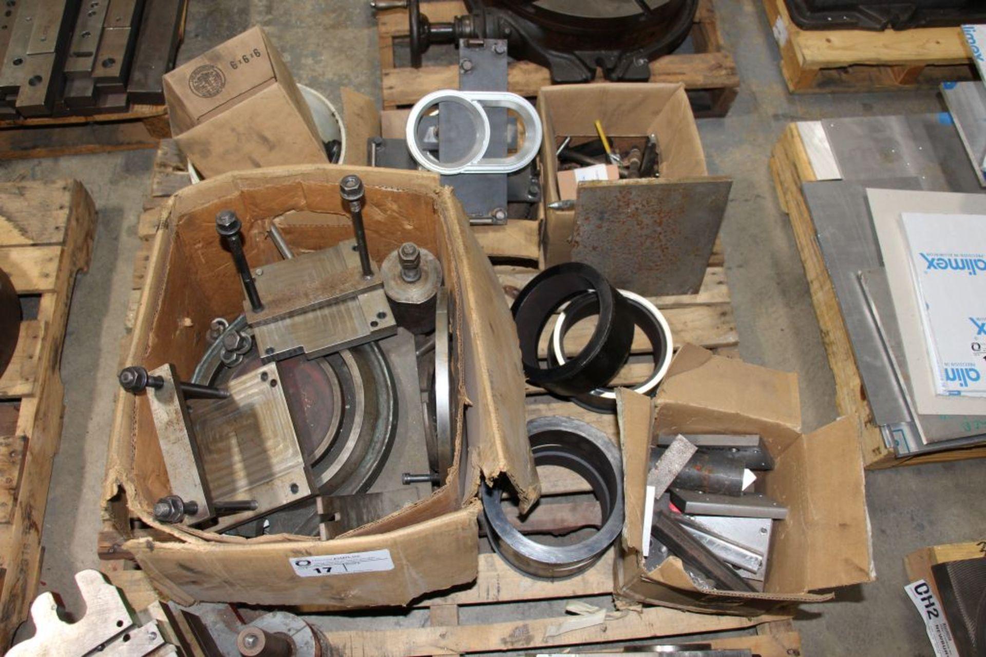 Lot 17 - assortment of scrap
